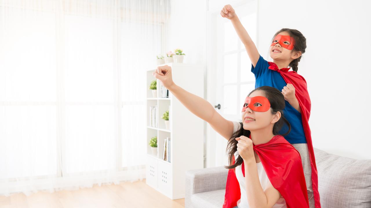 親子スーパーヒーロー